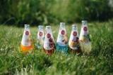 Утоли жажду на «ОККО»: сеть АЗК представляет новые яркие и освежающие напитки