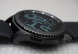 Новые смарт-часы серии Samsung Gear S могут оснастить безелем со встроенным дисплеем