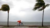 В первый раз в 7 лет в Атлантике сформировались 3 урагана: на ряду с