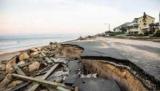 Нехватка бензина, пробки, пустые полки в магазинах: апокалипсис во Флориде из-за урагана