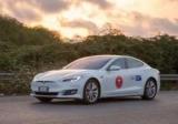 Итальянские фанаты Tesla Model S проехали 1000 км без подзарядки