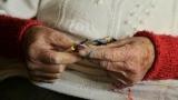 Уязвимых возраст: стариков, оставшихся в Донбассе